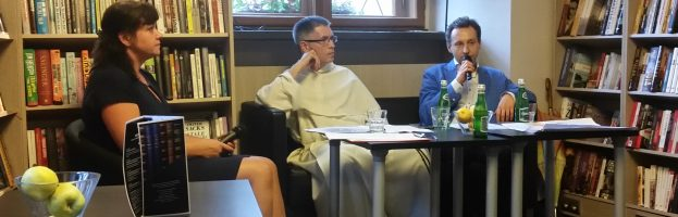 "Debata specjalistów nt. ""Coaching a wiara"""